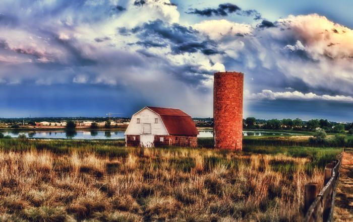 17 Beautiful Old Barns In Colorado