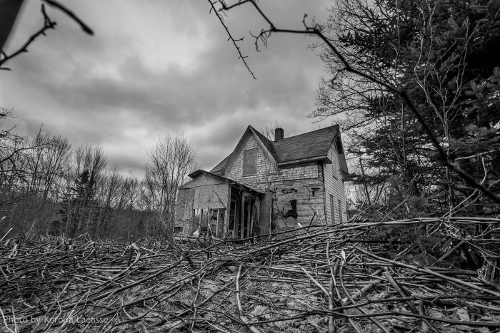 6. Haunted house in Clarion