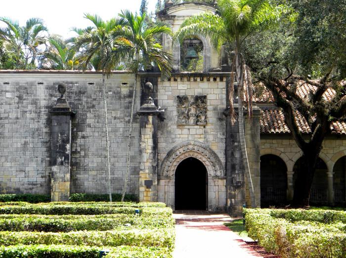 19. St. Bernard de Clairvaux Church