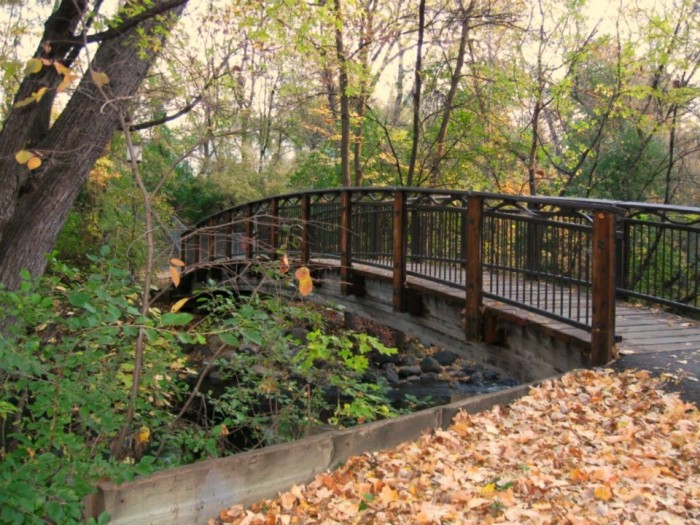 7. The bridge over Minnehaha Creek is picturesque.