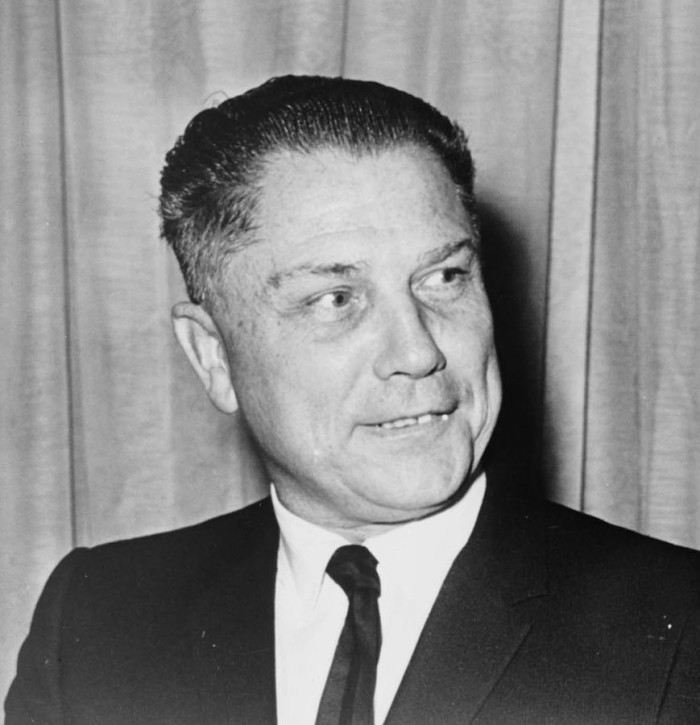 6) Where was Jimmy Hoffa buried?