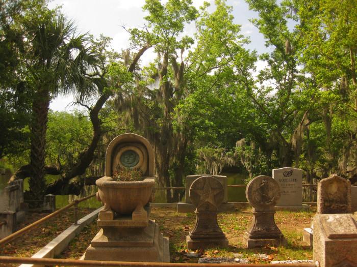 4. Magnolia Cemetery, Charleston, SC
