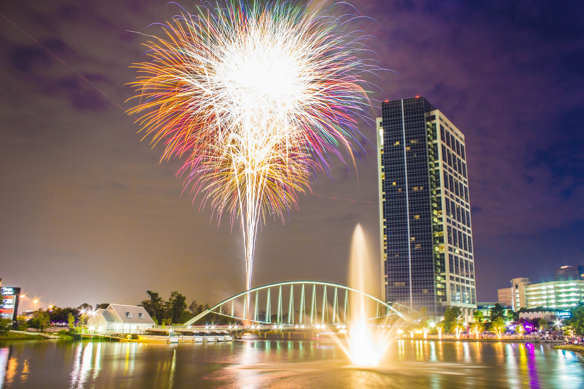 The Top 9 Fireworks Shows For July 4th In Texas