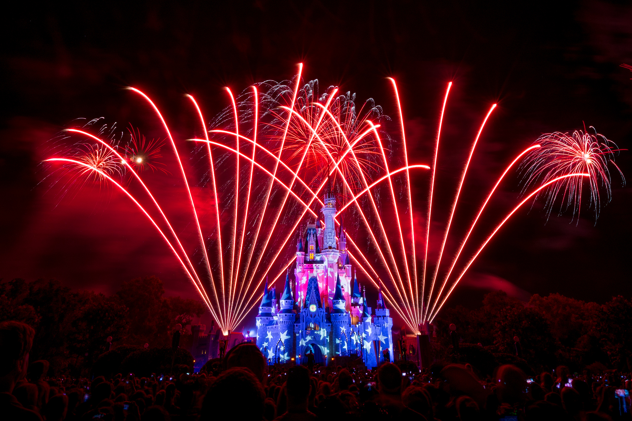 Epic Fireworks Shows In Florida That Will Blow You Away