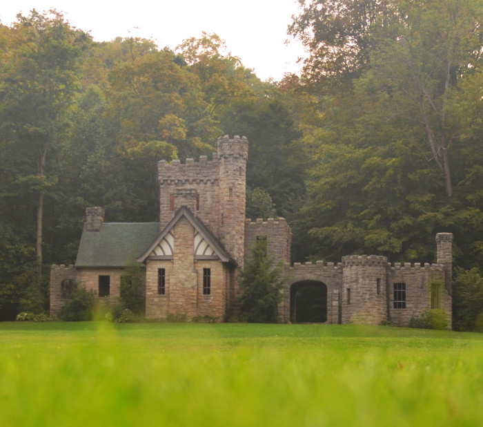5) Squire's Castle (Cleveland Metroparks)
