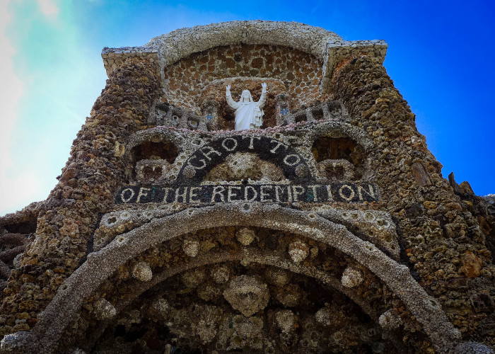 10. Check out the Grotto of Redemption in West Bend