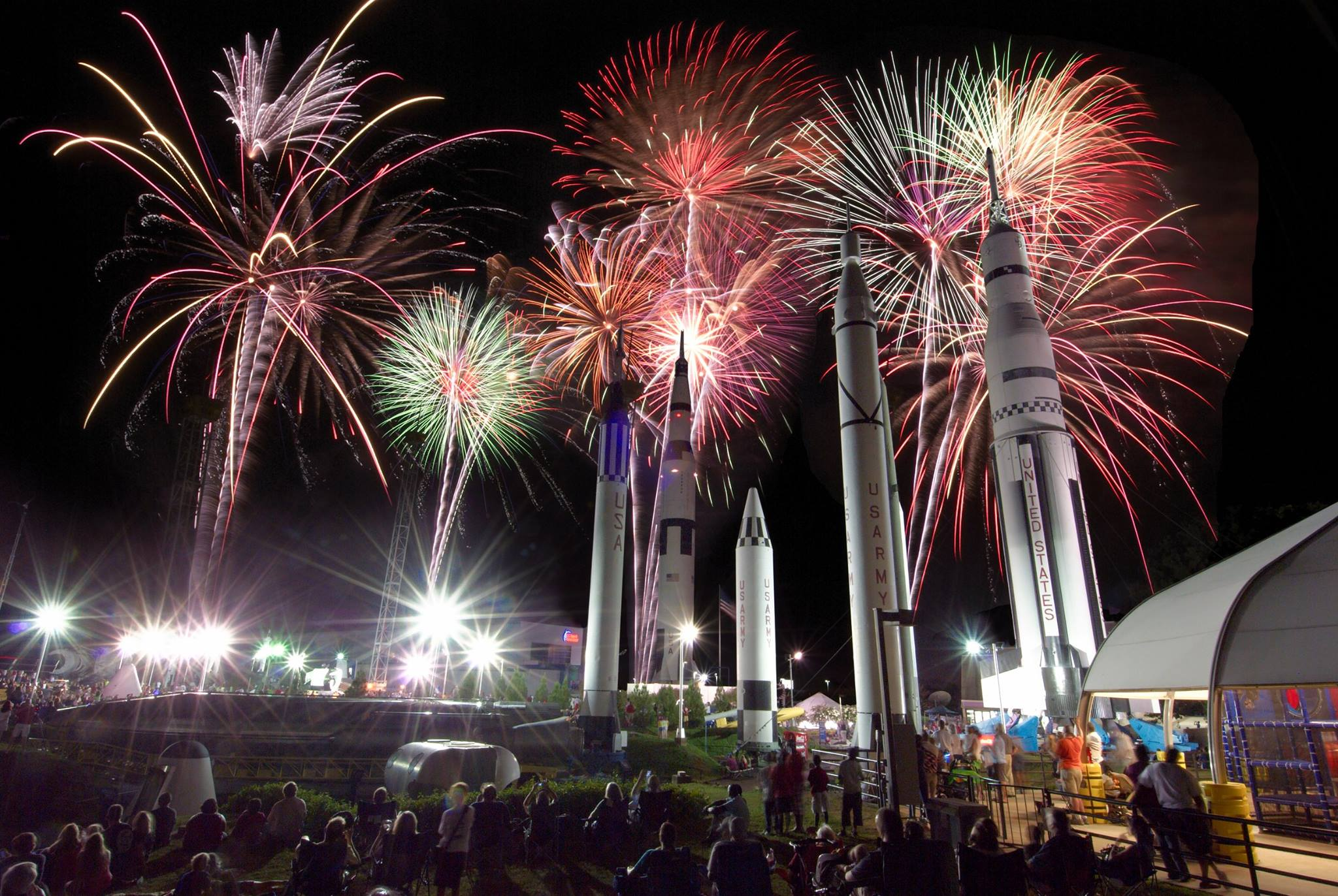 13 Epic Fireworks Shows In Alabama