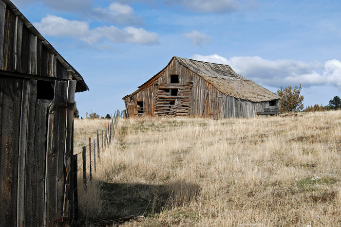 15) Abandoned barn near Fox, Oregon