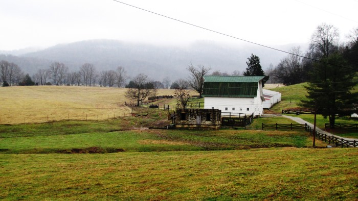 20) There's nothing more fantastic than a Tennessee farm