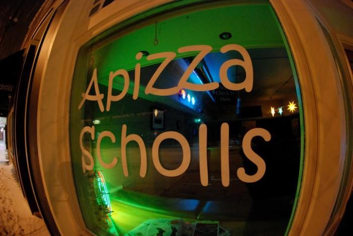 14) Apizza Scholls, Portland