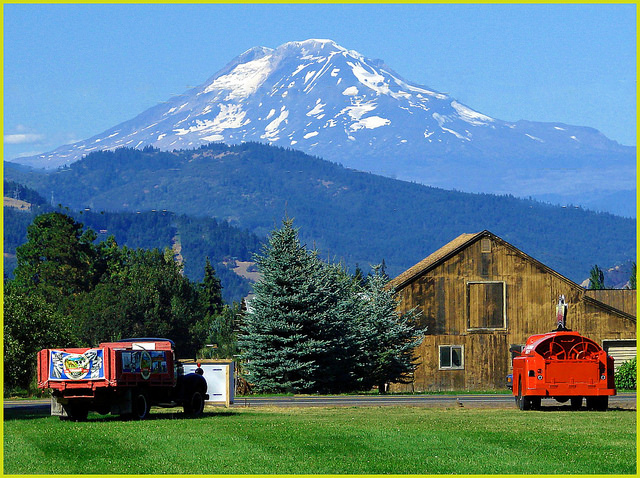 13) Barn in front of Mount Adams