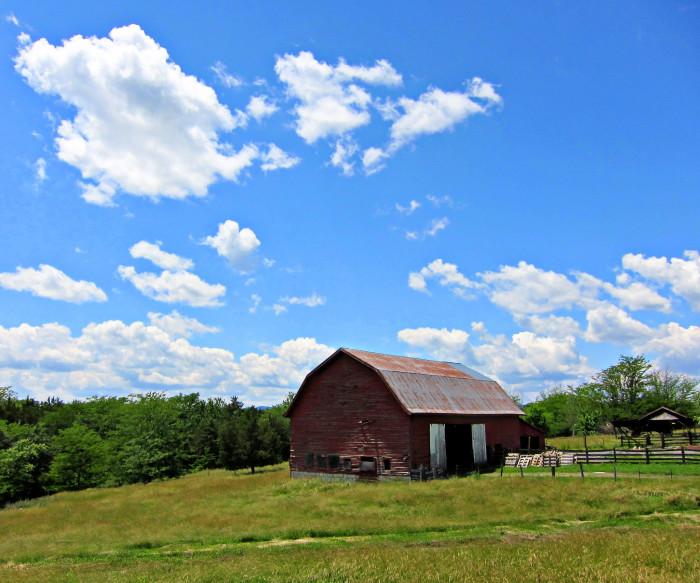 10. Historic Belle Grove Barn, Middletown