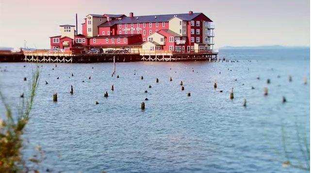 7) Cannery Pier Hotel, Astoria