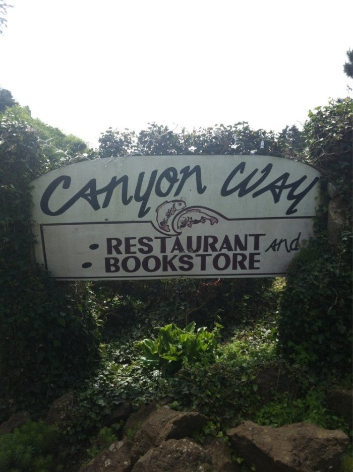 12) Canyon Way Bookstore and Restaurant, Newport