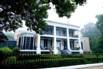 7. Cedar Grove Mansion Inn in Vicksburg, MS