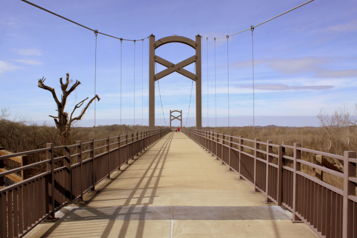12) This dusty, pretty Tennessee bridge hardly looks like it belongs in the state.