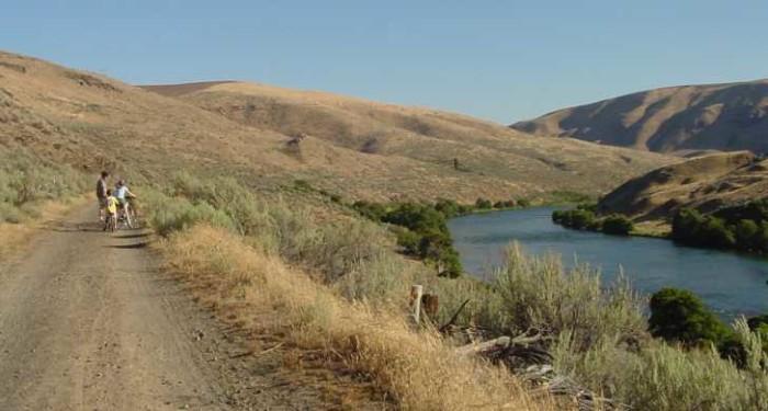 13) Deschutes River State Recreation Area