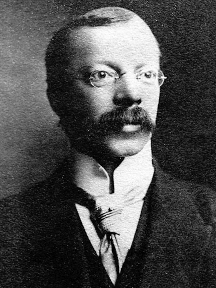 9) Doctor Hawley Harvey Crippen, murderer, born in Coldwater, Mich.