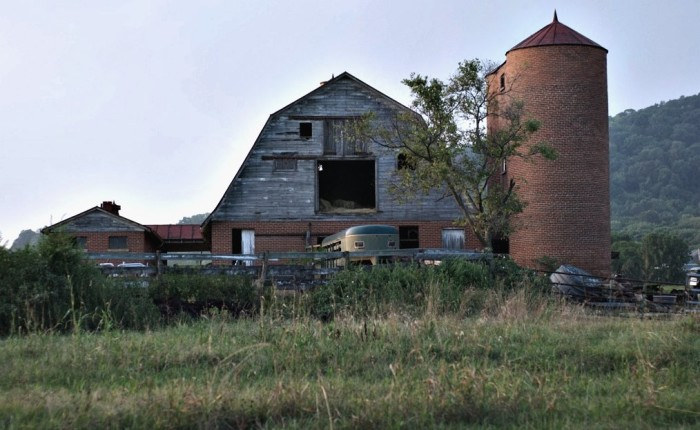 16. Edgefield Barn, Roanoke