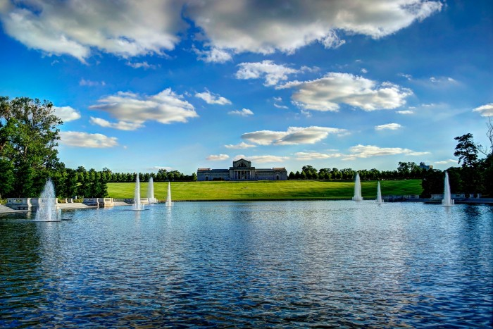 8. Forest Park Art Hill & Grand Basin: The location of the 1904 World's Fair provides a plethora of panoramas.