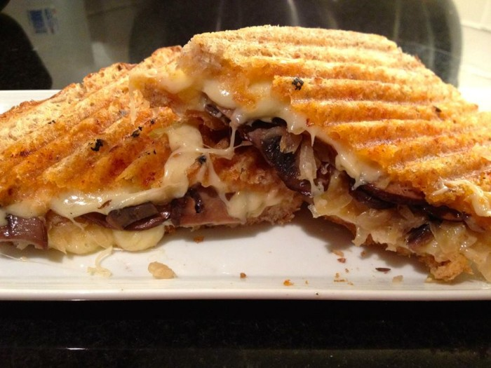Grilled Cheese Mania Port Ruby