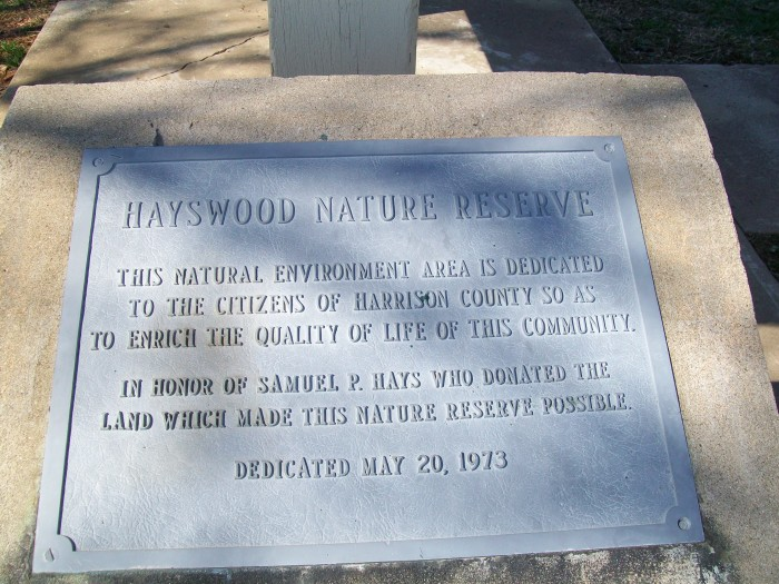Hayswood_Nature_Reserve_dedication_marker