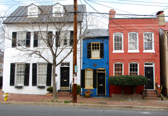"""3. The Hollensbury """"Spite"""" House, Old Town Alexandria"""