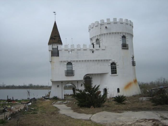 6. Fisherman's Castle on Irish Bayou