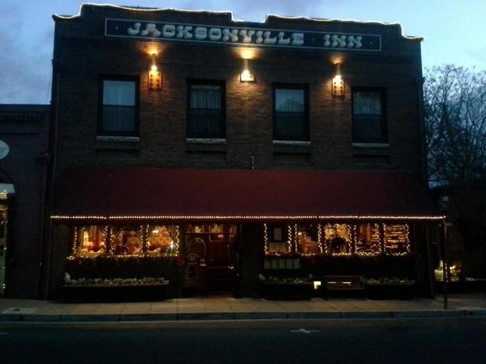 8) Jacksonville Inn, Jacksonville, Ore