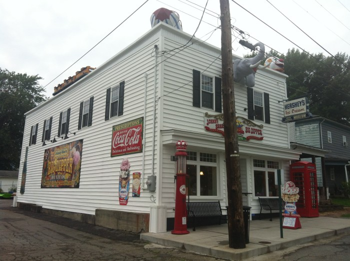 6. Johnny Shar's Big Dipper Ice Cream Parlor