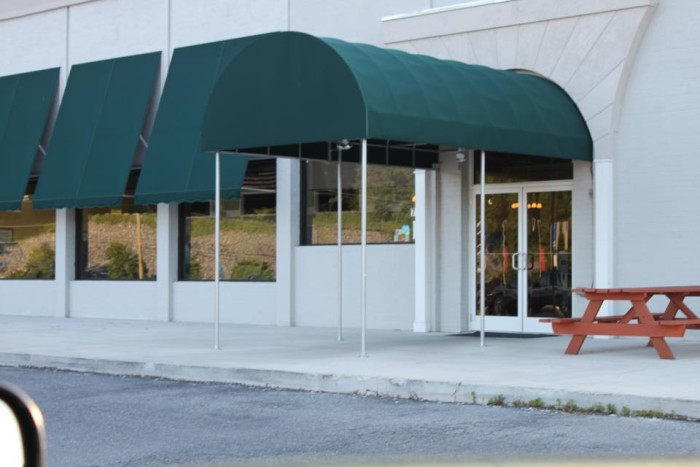 12. Kind Roots Café, Lexington