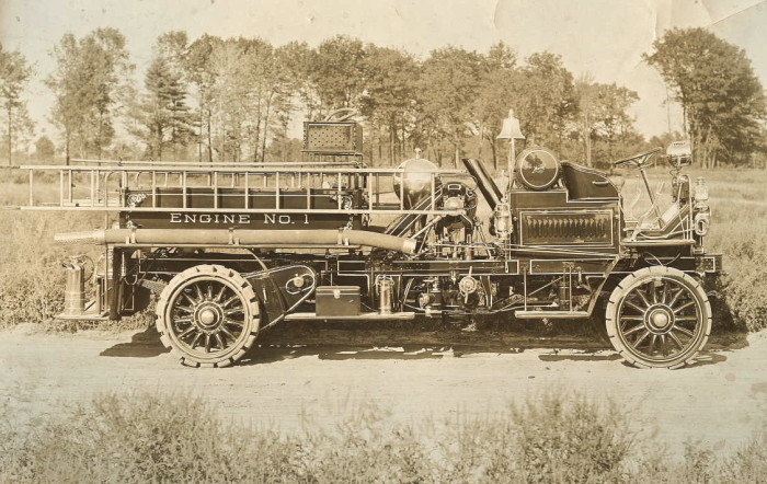 6.) Starting in 1918, Wichita had one of the first completely motorized fire departments in the United States.