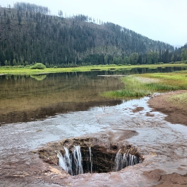 2) Lava Tube Lost Lake