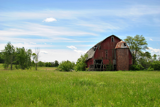 6) Old Barn in Marion