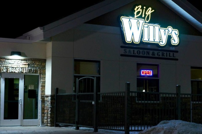 S Saloon Grill Williston Nd
