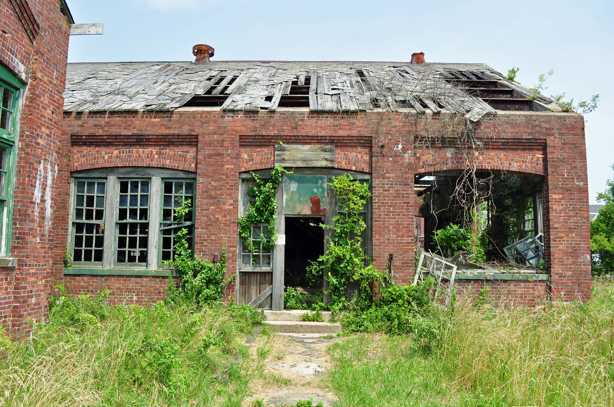Beautiful spooky abandoned places in new jersey for Building a house in nj