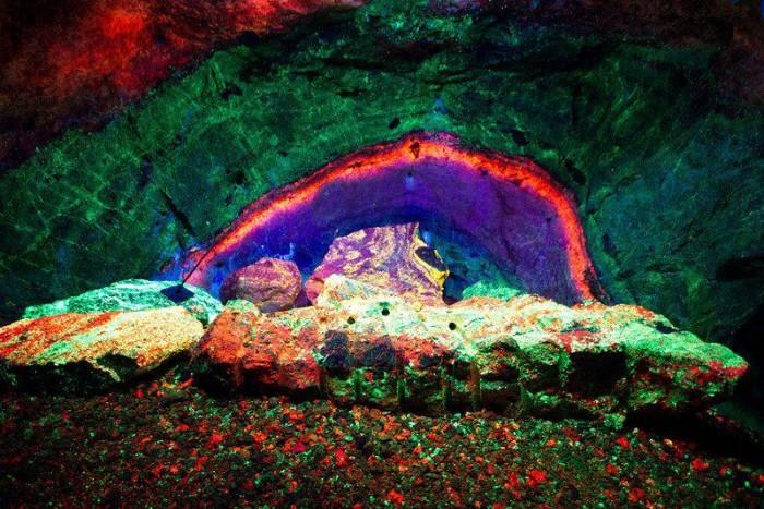 NJ Sterling Hill Rainbow Tunnel