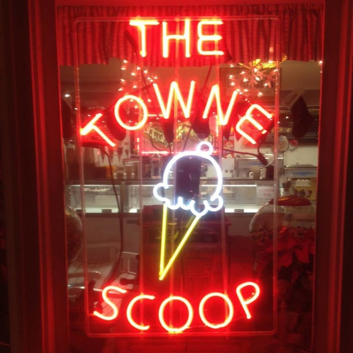 4. The Towne Scoop, Verona