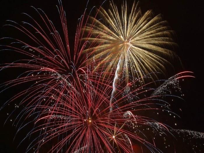 14. Primm Valley Casino Resorts Fireworks Show 2015 - Primm
