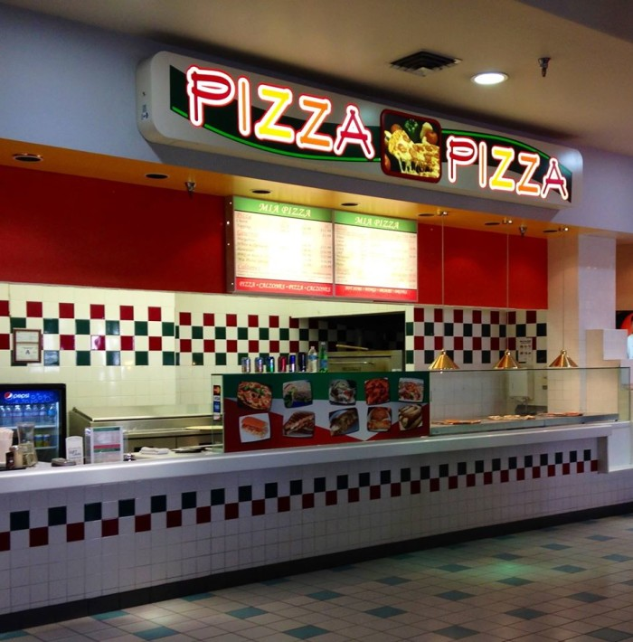 2. Mia Pizza - Laughlin, NV