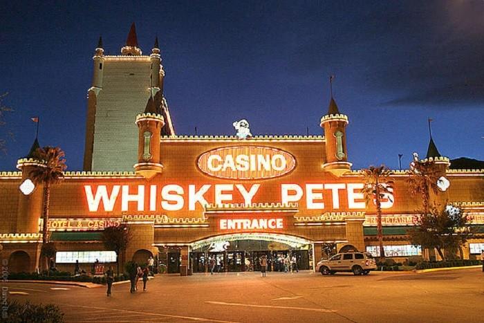 6. Whiskey Pete's Hotel & Casino - Jean