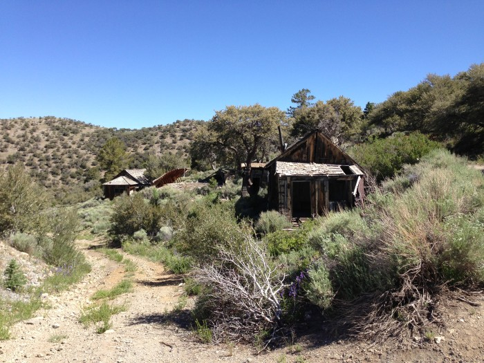 6. A pair of abandoned buildings near the old Monarch Mine.