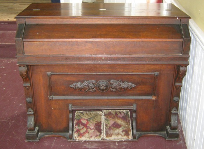 1) Old Pump Organ in Fayette Music Hall