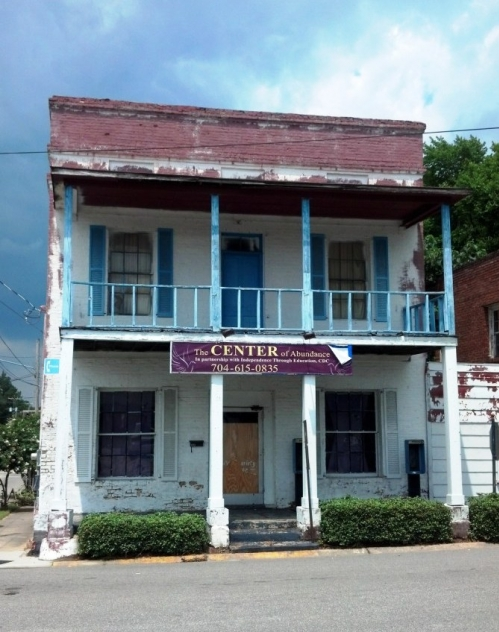 5. Whose ready to renovate this adorable, quaint hotel in Laurinburg?