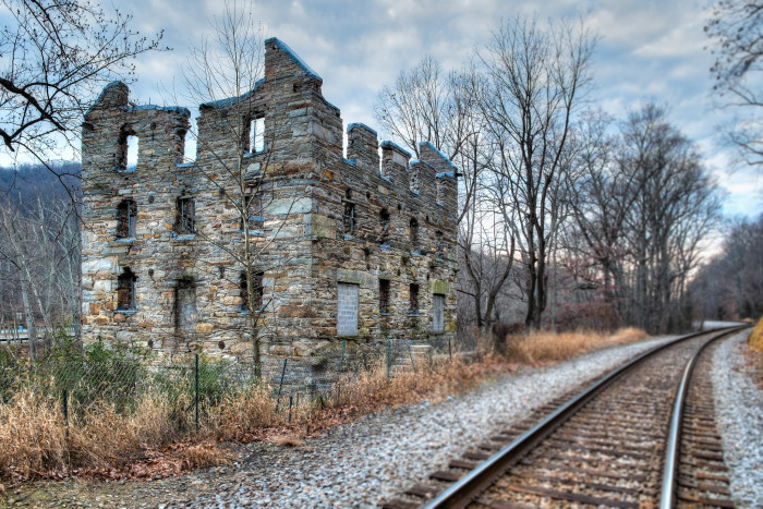 17. The Ruins of Chapman's Mill in Broad Run along I-66