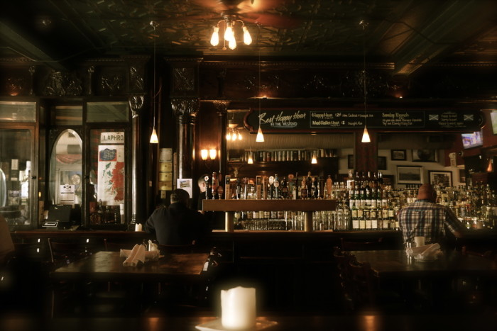 7. The Scottish Arms - St. Louis