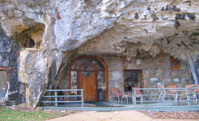 These 8 Unique Arkansas Getaways Are A Must See This Summer