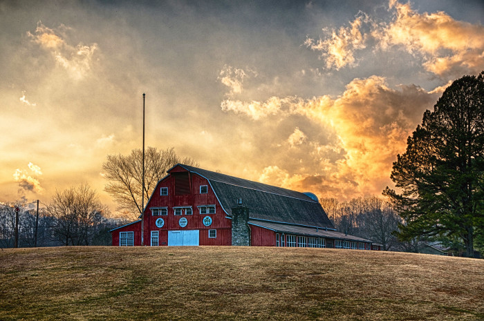 3) This sunset...that barn