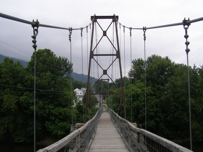 18. Swinging Bridge, Buchanan