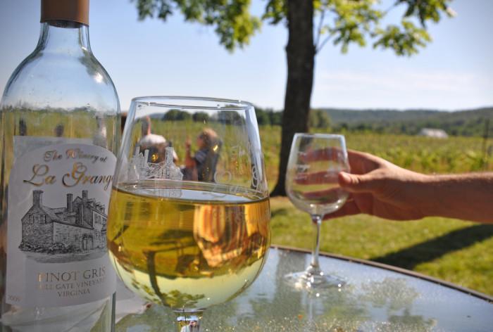 VA Wine glass